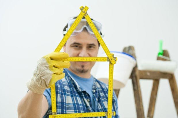 Builders warn of danger of using 'cash' contractors