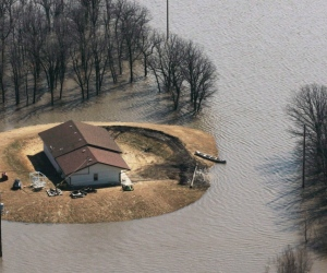 Manitoba brokers push for flood insurance