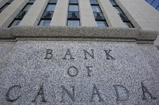 Bank of Canada maintains overnight rate