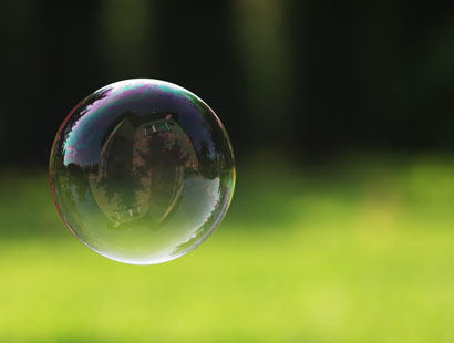 Report: industry professionals fear bubble