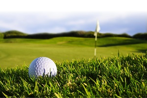 Brokers play golf for charity