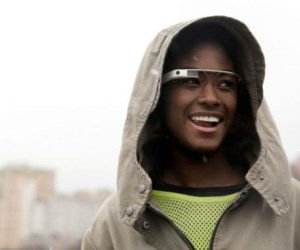 Google Glass to provide in-your-face market data