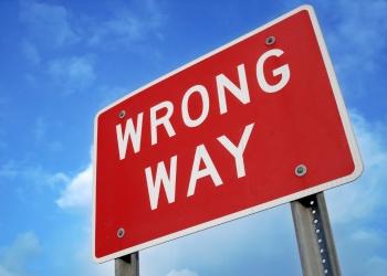 Brokers warn against dual licensing