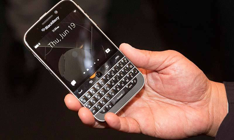 Blackberry goes back to the future