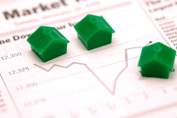 ​Forecasters predict housing slowdown in 2015 but still fear crash