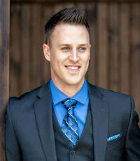 JOEL FARIS,Royal LePage First Contact Realty – The Faris Team