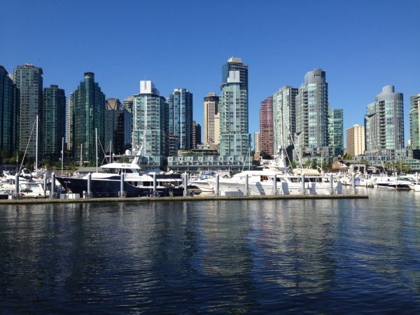 Housing 'out of reach' in Toronto, Vancouver