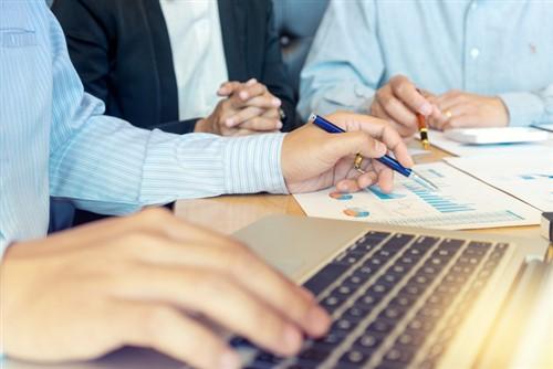 Winnipeg home sales stable as listings create balanced market