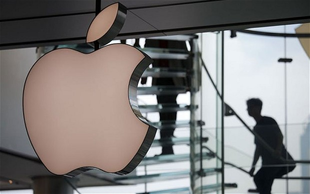 """Rogue employee"" blamed for massive Apple leak"