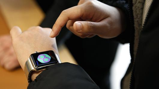 Five reasons advisors shouldn't be caught dead wearing an Apple Watch
