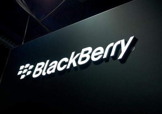 BlackBerry posts small profit, revenue weak