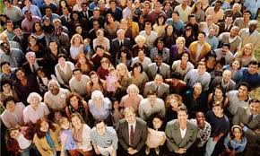 Can you spot an engaging leader in the crowd?