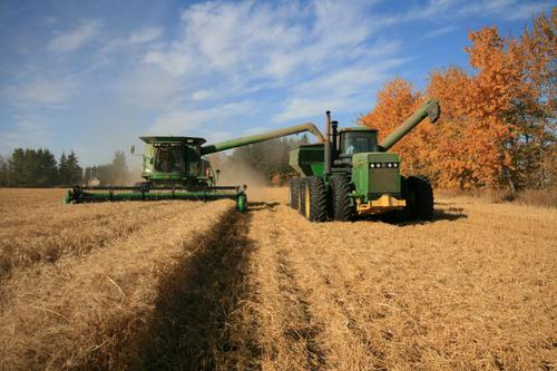 Canadian farmers had a record 2014