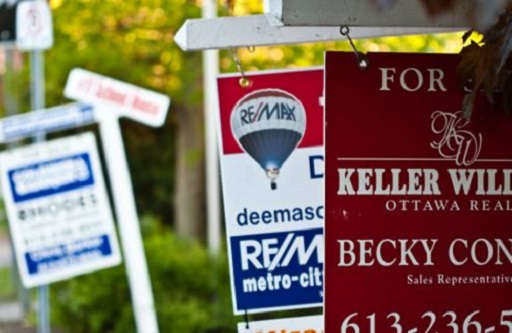 Most Canadians reluctant to sell their homes despite elevated prices - poll