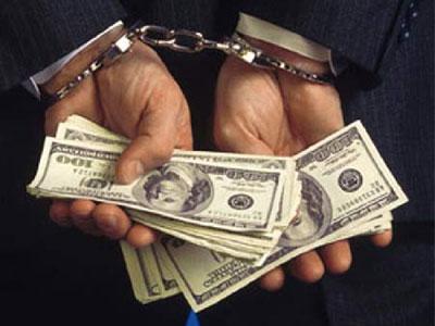 Charged advisor struggles to find defender