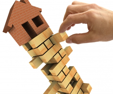 Housing market confidence continues to fall
