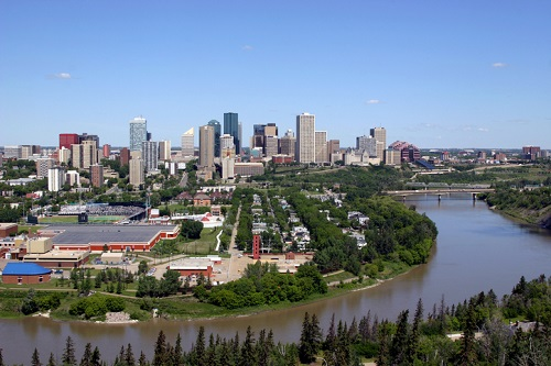 Edmonton buyers remain wary amid economy, mortgage rules