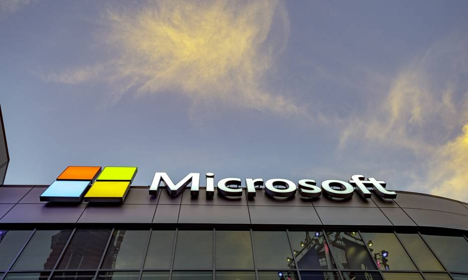 Microsoft workers push CEO to junk US military contract