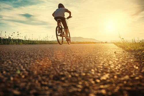 Mortgage professionals help put kids on bikes across Canada