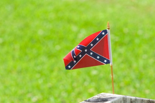 Ontario worker sacked over Confederate flag
