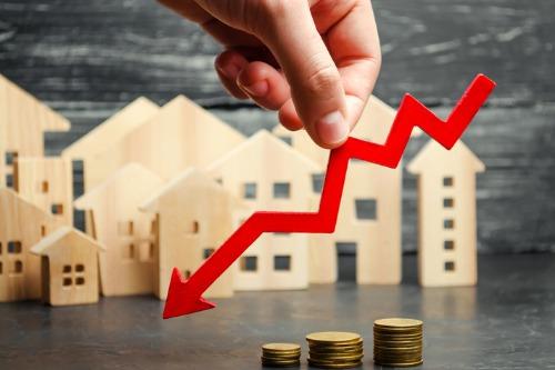 Weaker sales snap Regina's upward trend