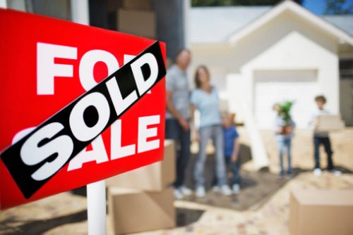 Single-family sales activity in Victoria was noticeably stronger