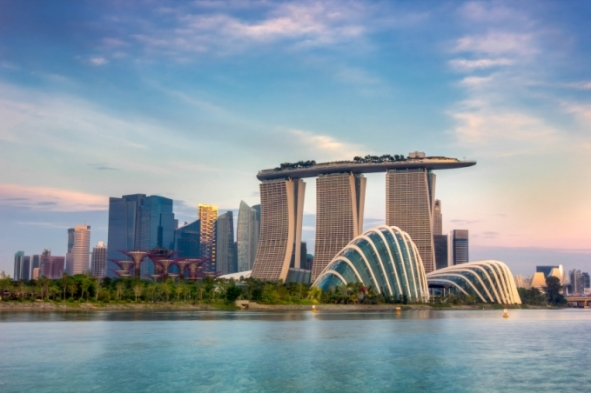 Singapore's economy contracted in Q2, global growth concerns