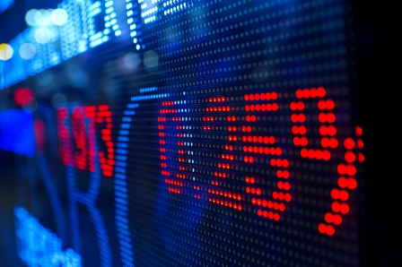 TSX falls along with Chinese currency, global sentiment