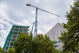 Continuous growth accelerates construction in Vancouver, Toronto
