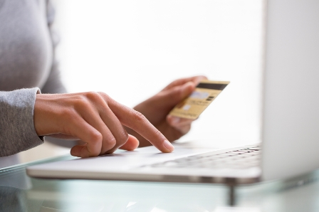 Canadians can now access independent reviews of mortgages and credit cards