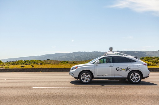 Self-driving car experts question manufacturer liability promise