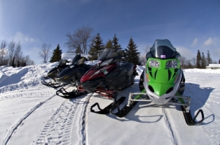 Snowmobilers start your engines