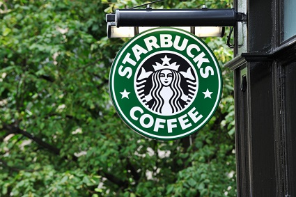 Starbucks revamps employee dress code