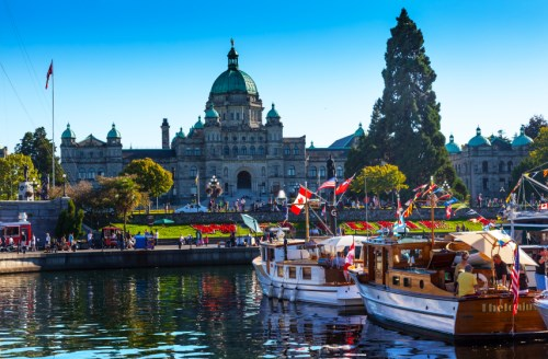 Victoria soars to the top of the luxury primary market list