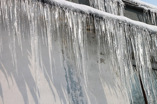 Ice dams can cause significant damage to homes: SGI