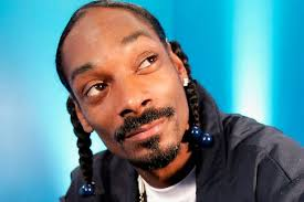 """Snoop Dogg under fire for """"creepy"""" workplace comments"""