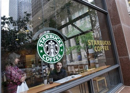 Starbucks customers benefit from register outage