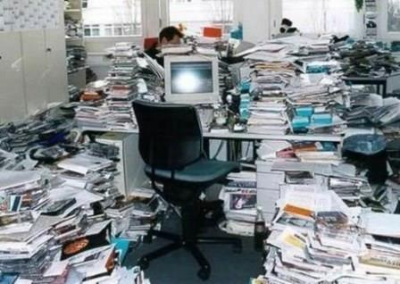 "Why it's okay to ignore the national ""Clean Off Your Desk Day"""