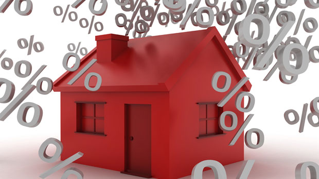 RBC breaks ranks and lowers mortgage rate