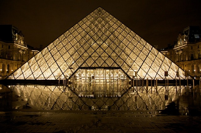 Louvre shutters for insurance emergency evacuation plan