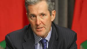 Manitoba Premier defends possible pay freeze