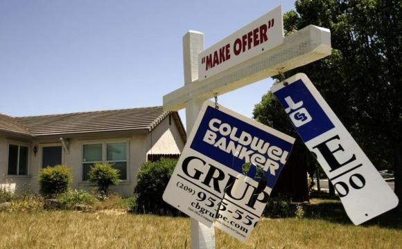 Housing starts fall in the US