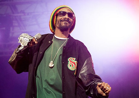 Snoop Dogg enlisted to train Burger King employees