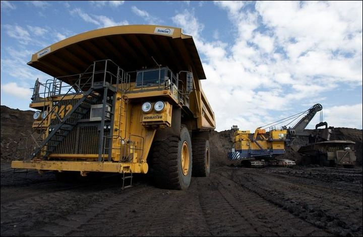 Suncor to go ahead with Fort Hills