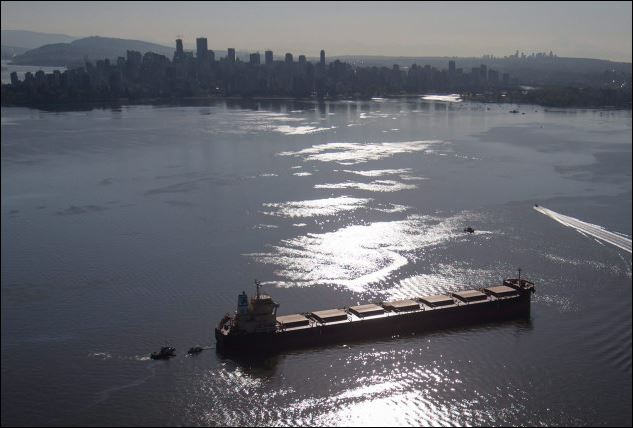 Vancouver oil spill from cargo ship